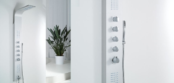 Wellis Mariner Silver termosztátos zuhanypanel 19x160